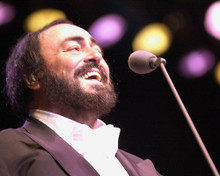 This is an image of 263810 Luciano Pavarotti Photograph & Poster