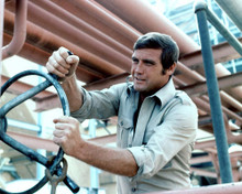 This is an image of 275826 Lee Majors Photograph & Poster