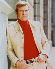 This is an image of 244517 Lee Majors Photograph & Poster