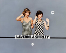 This is an image of 265552 Laverne & Shirley Photograph & Poster