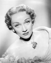 This is an image of 193737 Marlene Dietrich Photograph & Poster