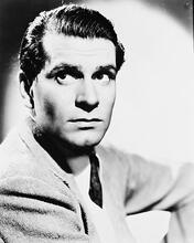 This is an image of 168872 Laurence Olivier Photograph & Poster