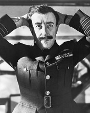 This is an image of 173263 Peter Sellers Photograph & Poster
