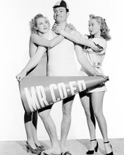 This is an image of Photograph & Poster of Bathing Beauty 195407