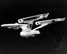 This is an image of Photograph & Poster of Star Trek 195519