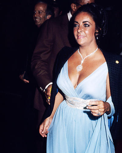 This is an image of Photograph & Poster of Elizabeth Taylor 285357