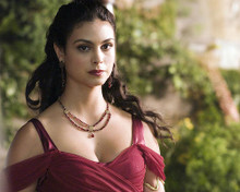This is an image of Photograph & Poster of Morena Baccarin 290667