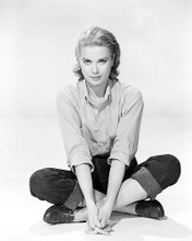 This is an image of Photograph & Poster of Grace Kelly 199906