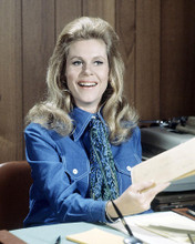 This is an image of Photograph & Poster of Elizabeth Montgomery 291987