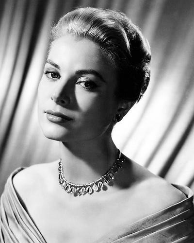 This is an image of Photograph & Poster of Grace Kelly 199931