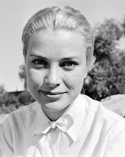This is an image of Photograph & Poster of Grace Kelly 199649
