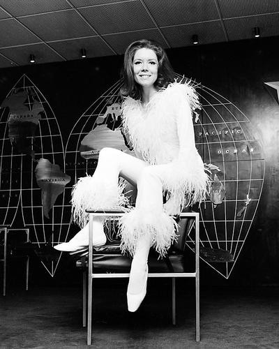 This is an image of Photograph & Poster of Diana Rigg 199945