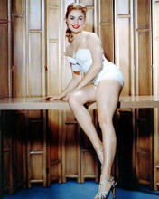 This is an image of Photograph & Poster of Shirley Jones 292456