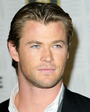This is an image of Photograph & Poster of Chris Hemsworth 292150