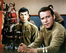 This is an image of Photograph & Poster of Star Trek 292585