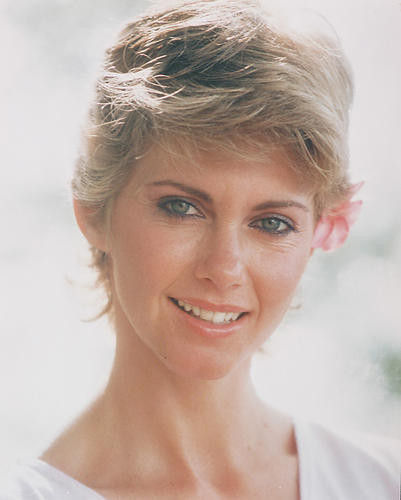 This is an image of Photograph & Poster of Olivia Newton-John 231527