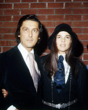 This is an image of Photograph & Poster of Ali Macgraw 294774