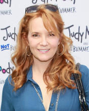 This is an image of Photograph & Poster of Lea Thompson 285953