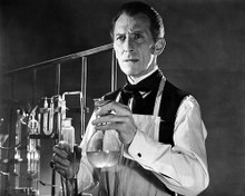 This is an image of Photograph & Poster of Peter Cushing 196471