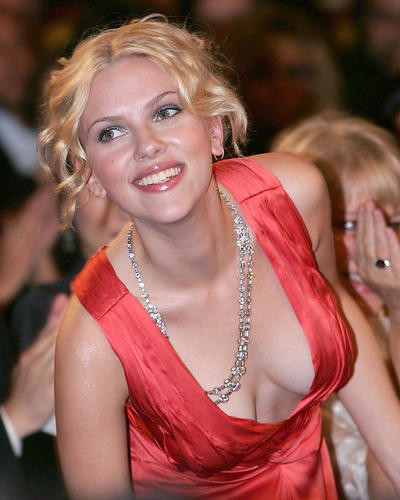 This is an image of Photograph & Poster of Scarlett Johansson 286235