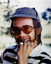 This is an image of Photograph & Poster of Elton John 286267