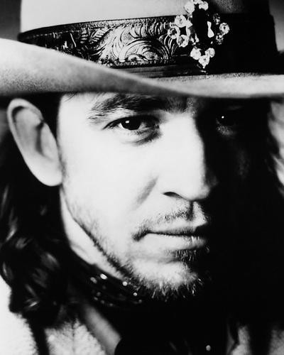 This is an image of Photograph & Poster of Stevie Ray Vaughan 196483