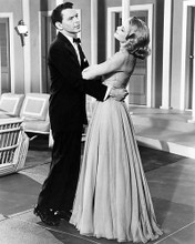 This is an image of Photograph & Poster of High Society 196009