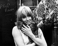 This is an image of Photograph & Poster of Suzy Kendall 196045