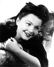 This is an image of Photograph & Poster of Anne Baxter 196314