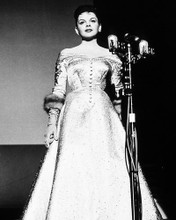 This is an image of Photograph & Poster of Judy Garland 196512