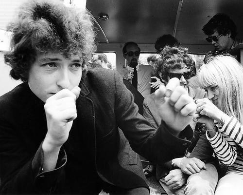 This is an image of Photograph & Poster of Bob Dylan 196501