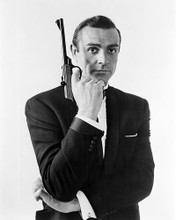 This is an image of Photograph & Poster of Sean Connery 196677