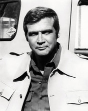 This is an image of Photograph & Poster of Lee Majors 196713