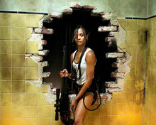 This is an image of Photograph & Poster of Zoe Saldana 287708