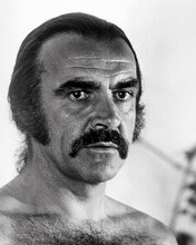 This is an image of Photograph & Poster of Sean Connery 196937