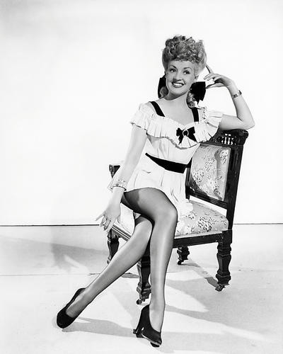 This is an image of Photograph & Poster of Betty Grable 197547
