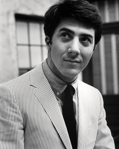 This is an image of Photograph & Poster of Dustin Hoffman 197943