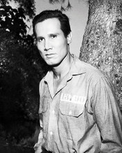 This is an image of Photograph & Poster of Henry Silva 197855