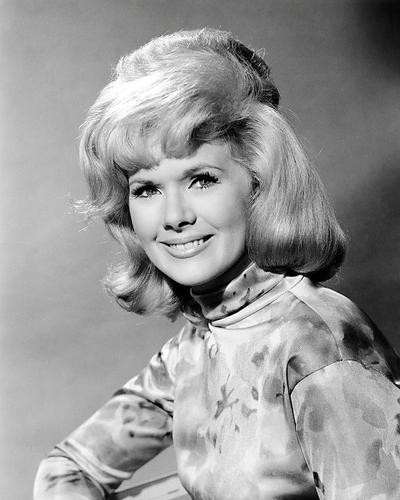 This is an image of Photograph & Poster of Connie Stevens 198126