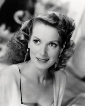 This is an image of Photograph & Poster of Maureen Ohara 198599