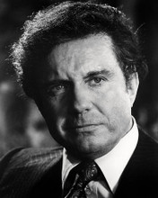 This is an image of Photograph & Poster of Cliff Robertson 198397