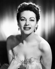 This is an image of Photograph & Poster of Yvonne De Carlo 198524