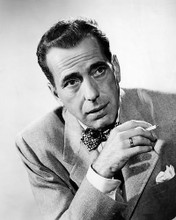 This is an image of Photograph & Poster of Humphrey Bogart 198800