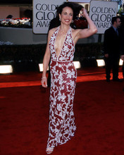 This is an image of Photograph & Poster of Andie Macdowell 290285