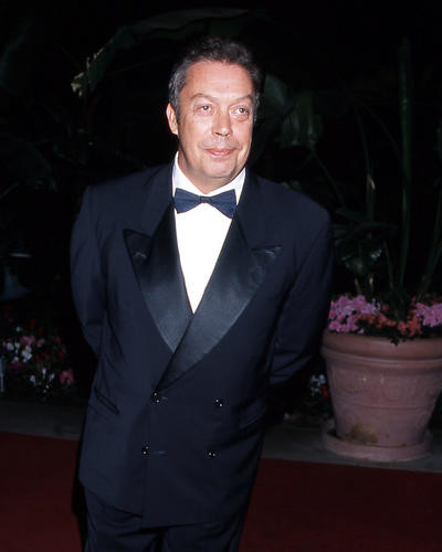 This is an image of Photograph & Poster of Tim Curry 290288