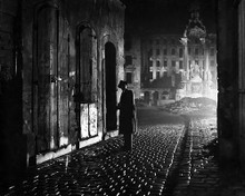 This is an image of Photograph & Poster of The Third Man 199134