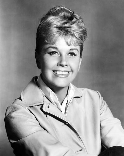This is an image of Photograph & Poster of Doris Day 199161