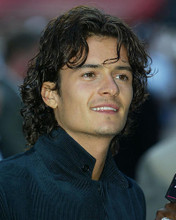 This is an image of 255603 Orlando Bloom Photograph & Poster