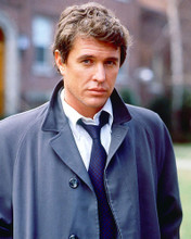 This is an image of 266801 Tom Berenger Photograph & Poster