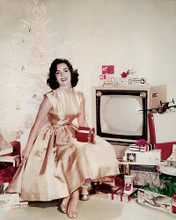 This is an image of 283872 Elizabeth Taylor Photograph & Poster